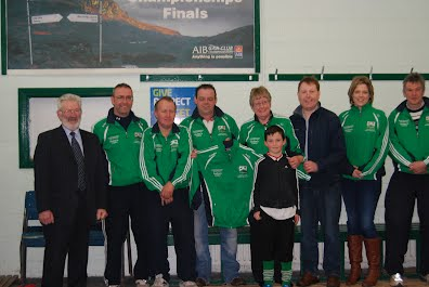 Caltra Cuans Main Sponsors Sadie and Sean fron The Caltra Inn and Enda Sweeney (Agri and Plant Limited) with Senior Management 2013